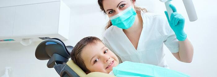 Dentistas para niños: tips para una consulta exitosa